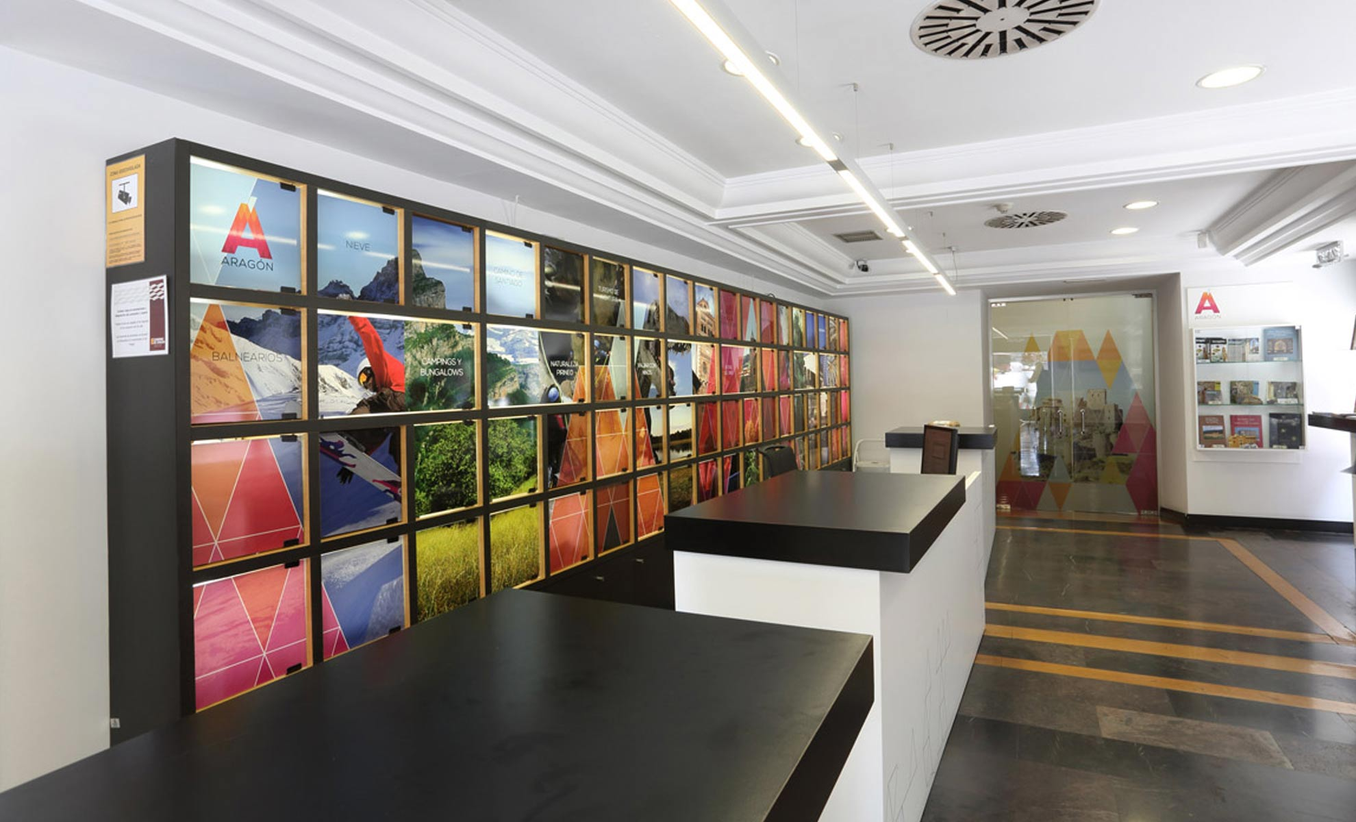 integral unusual design stands interiorismo comercial y